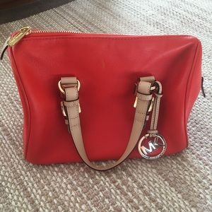 Great condition Michael Kors Purse